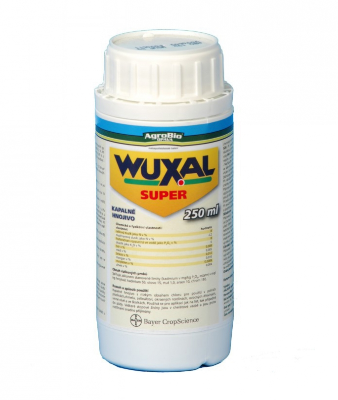 Wuxal Super lombtrágya