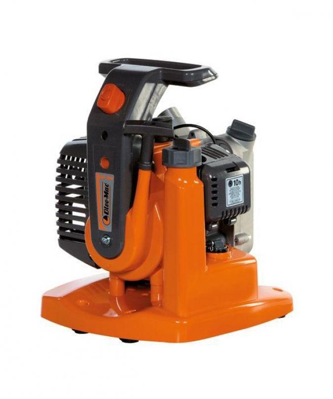 OLEO-MAC WP 300 pump + gift F600 saw