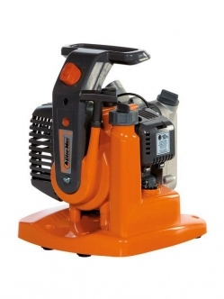 OLEO-MAC WP 300 pump + gift F600 saw