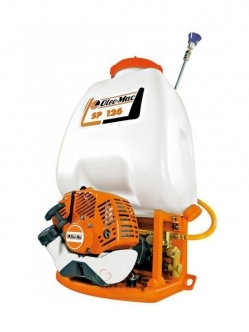 OLEO-MAC SP 126 sprayer + gift F600 saw