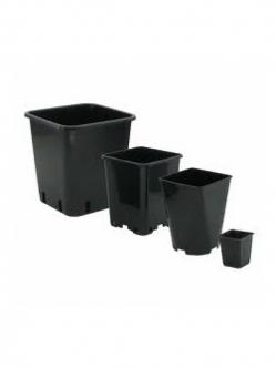 Plastic cube pot USED